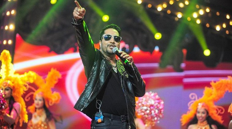 mika Singh banned by Bollywood